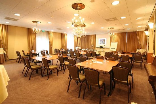 Golden Tulip Lion D'Or: Meeting Room 3