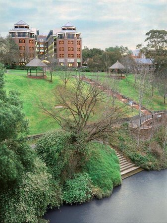 Richmond, Australia: Amora Riverwalk Exterior