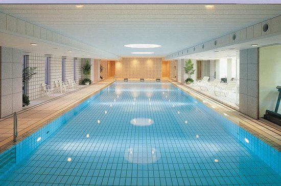 Hotel Granvia Kyoto: Pool view