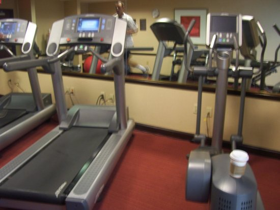 Hyatt Place Tampa Airport/Westshore: good gym