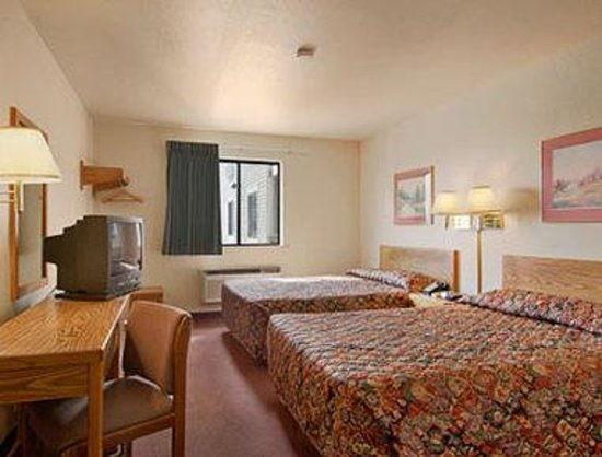 Comfort Inn & Suites: Standard Two Double Bed Room
