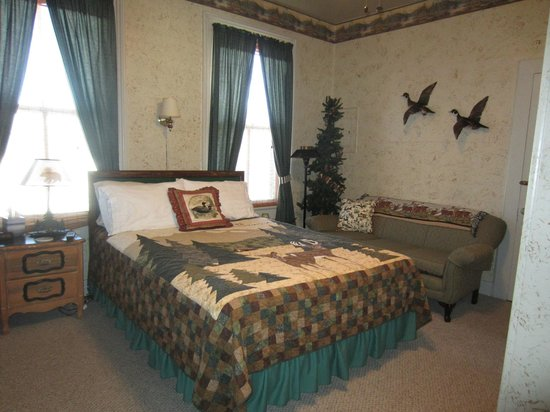 Blue Ridge Inn Bed & Breakfast: Cabin Room