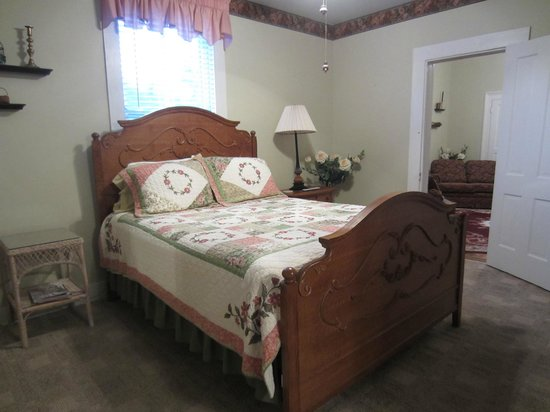 Blue Ridge Inn Bed & Breakfast: Kincaid Suite