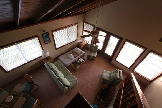 Belizean Shores Resort: View of Living Area from Loft