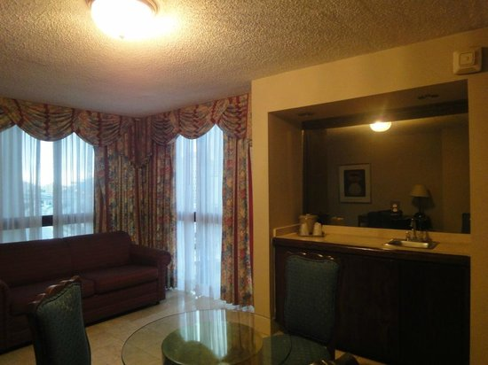 River Park Hotel & Suites Downtown/Convention Center:                                     Extra room next to bedroom