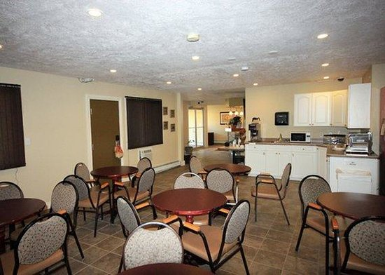 Econolodge Inn and Suites: Restaurant