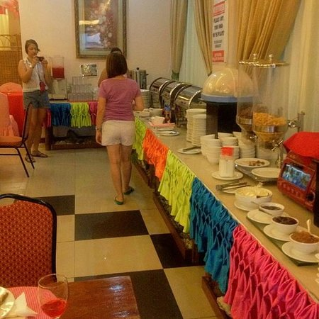 A&A Plaza Hotel:                   Buffet Breakfast