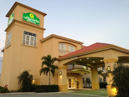 La Quinta Inn & Suites Port Charlotte : Main Entrance
