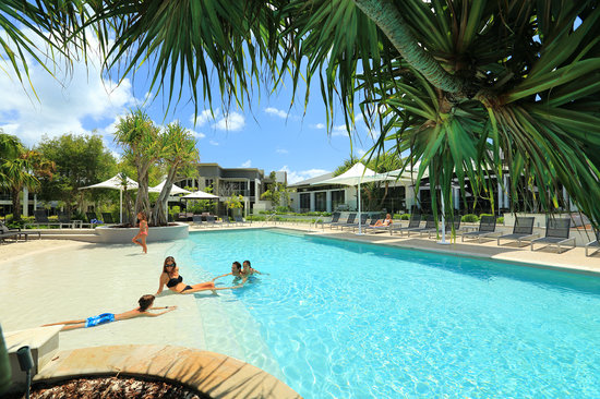 RACV Noosa Resort: Heated Lagoon pool with beach entry
