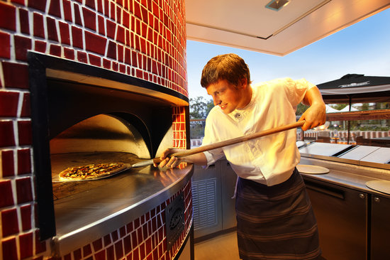 RACV Noosa Resort: Wood-fired pizzas