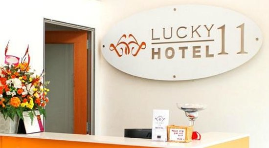 Lucky 11 Hotel