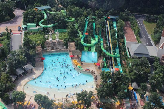 What to Enjoy in Adventure Cove Waterpark Sentosa Island