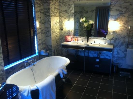 The Bloomsbury Hotel London:                   upgraded suite