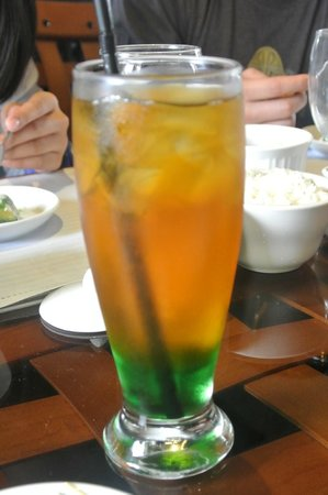 Calabarzon Region, Филиппины:                   signature iced tea with pandan