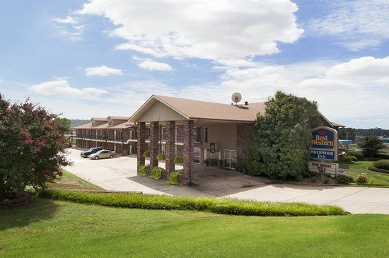 BEST WESTERN Sherwood Inn: Exterior Front