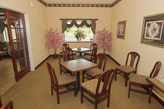BEST WESTERN Of Wise: Breakfast Area
