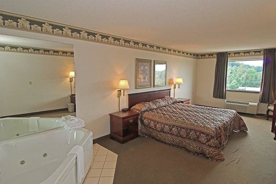 BEST WESTERN Of Wise: King Whirlpool