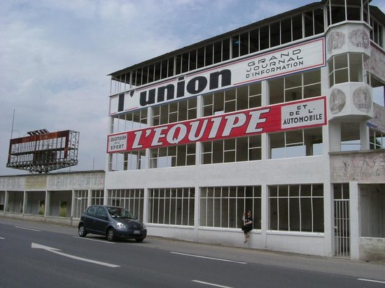 tribunetta shell picture of circuit de reims gueux reims tripadvisor. Black Bedroom Furniture Sets. Home Design Ideas