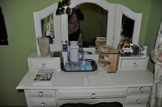 Hotel Sphendon: dressing table