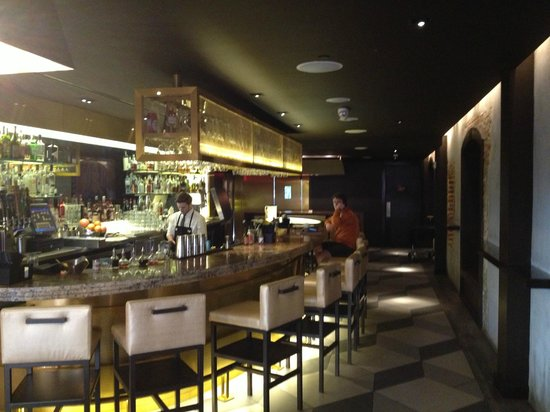 W New Orleans - French Quarter: Great Bar at SoBou Restaurant