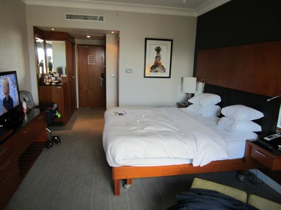 Hilton Belfast: nice room