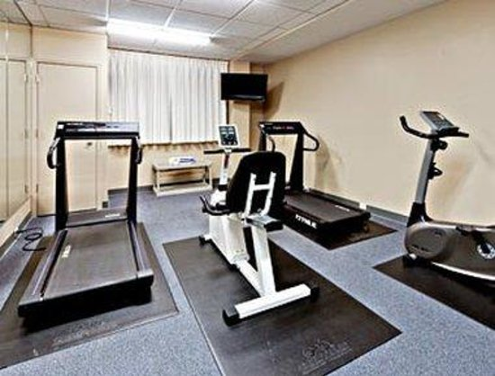 Hawthorn Suites by Wyndham Louisville East: Fitness Center