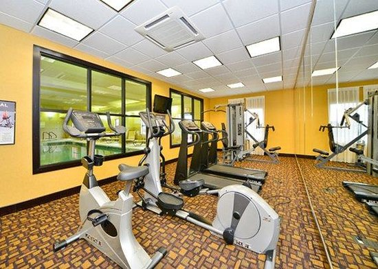 Hogansburg, NY: exercise room