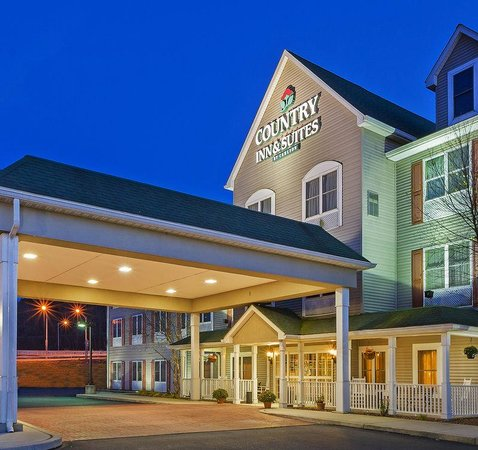 Country Inn & Suites By Carlson, Lehighton: CountryInn&Suites Lehighton ExteriorNight