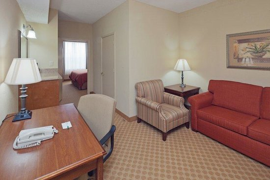 Country Inn & Suites Prattville: CountryInn&Suites Prattville  Suite