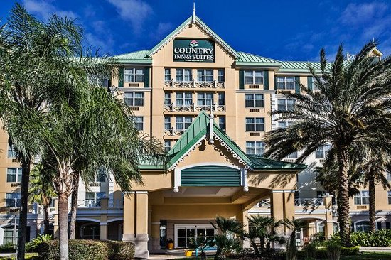 Country Inn & Suites By Carlson Orlando-Maingate at Calypso: CountryInn&Suites OrlandoMaingate   ExteriorDay
