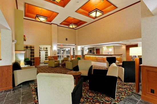 Hotel Lobby of the Holiday Inn Portland/Gresham