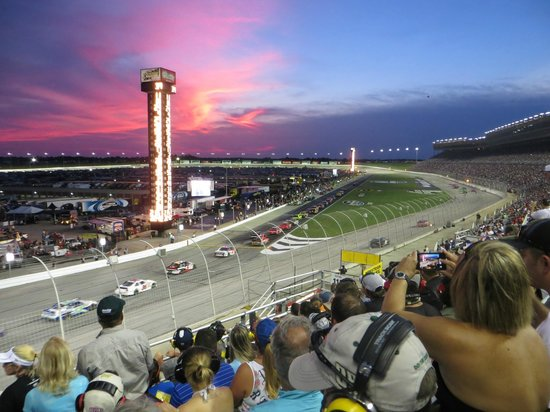 Hampton, Gruzja: Night sky over Atlanta Speedway