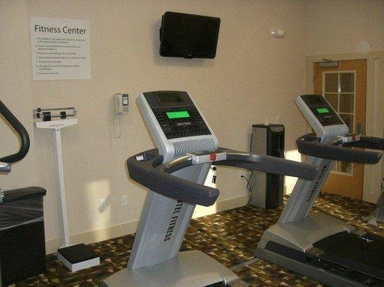 The Holiday Inn Express & Suites Marathon: Fitness Center