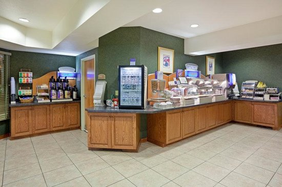 Holiday Inn Express Lewiston: Express Start Breakfast Bar