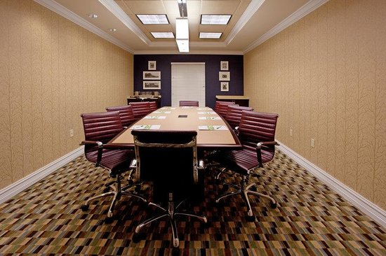 Holiday Inn Anderson: TacTic Room with seating for up to 10