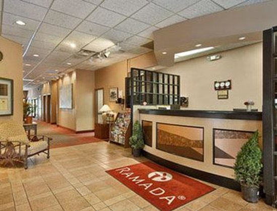 Ramada Salt Lake City Airport Hotel: Lobby