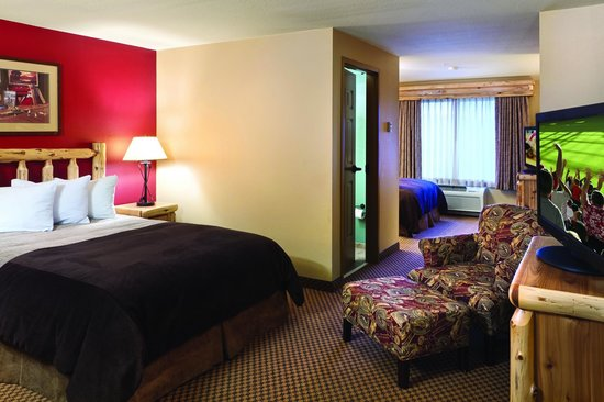 Arrowwood Lodge At Brainerd Lakes: 2 Queen Split Room