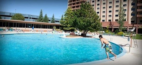Horizon Casino Resort- Lake Tahoe: Pool