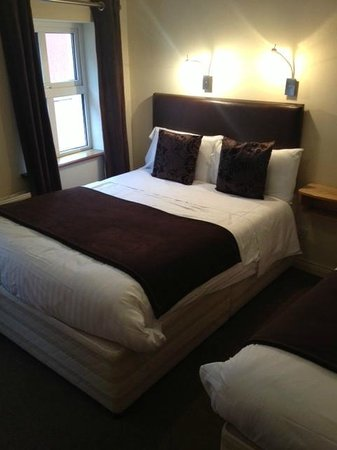 Dan Linehan's Bar & B&B: Double/Triple Room