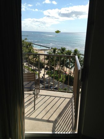 Aston Waikiki Circle Hotel:                   View from 9th floor oceanfront room