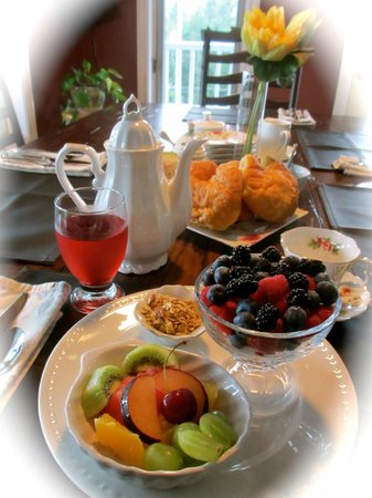 Gray Gables Bed and Breakfast: Always a Healthy Breakfast Choice!