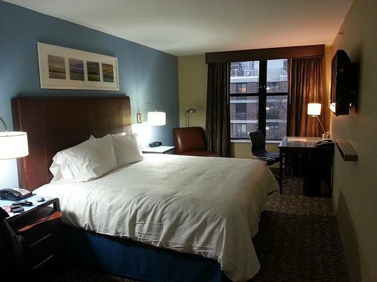 Hampton Inn New York Seaport / Financial District:                   Room/Suite