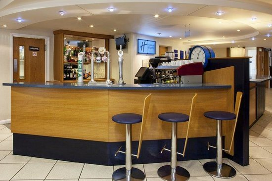Upper Harbledown, UK: Lobby Bar serving a range of drinks and Torelli coffee
