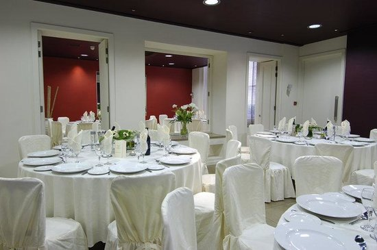 : Room 9 Banqueting