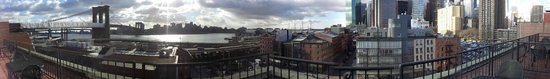 BEST WESTERN PLUS Seaport Inn Downtown: Panorama shot from 7th floor terrace room