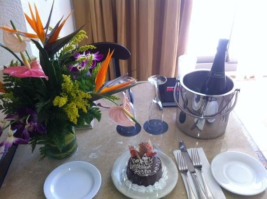 Aventura Spa Palace:                   flowers, cake and champagne