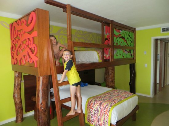 Holiday Inn Resort Vanuatu:                   room kids suite
