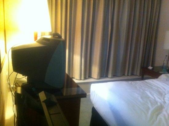Herbert Park Hotel:                   bulky, old fashioned tv