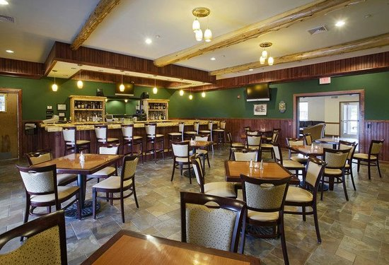 BEST WESTERN PLUS Ticonderoga Inn & Suites: Burgoyne Grill