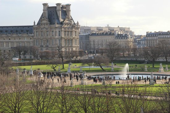 Hotel Brighton: View of Louvre and Tulleries